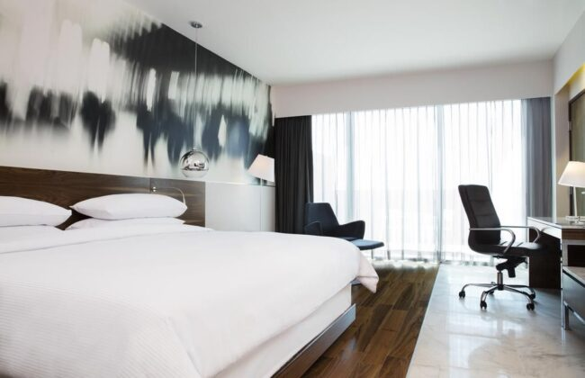 Hotel krystal urban